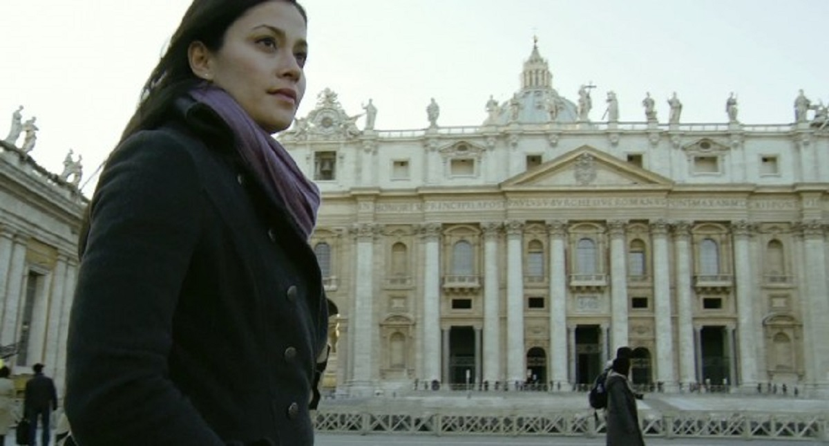 Fernanda Andrade travels to The Vatican to find her mother in The Devil Inside (2012)