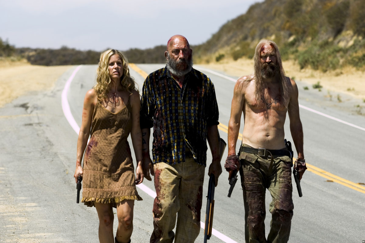 The Firefly Gang - (l to r) Baby Firefly (Sheri Moon Zombie), Captain Spaulding (Sid Haig) and Otis Dritwood (Bill Moseley) in The Devil's Rejects (2005)