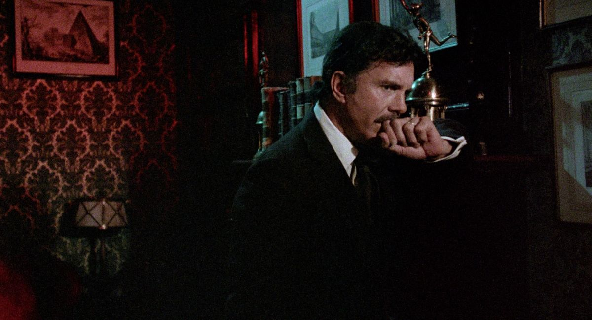 Cliff Robertson seemingly haunted by his wife's ghost in Dominique (1978)