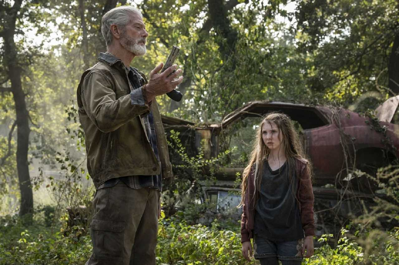 The Blind Man (Stephen Lang) and daughter Phoenix (Madelyn Grace) in Don't Breathe 2 (2021)