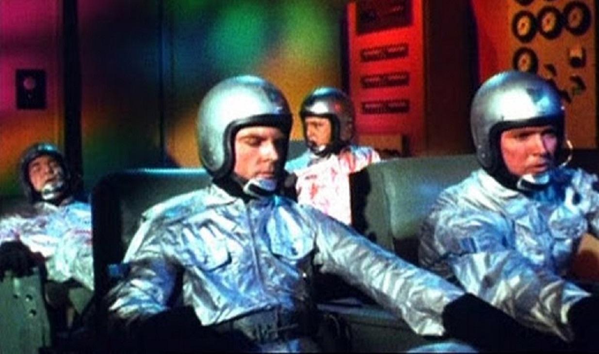 Grant Williams, James Craig, Henry Wilcoxon and Bobby Van in Doomsday Machine (1972)