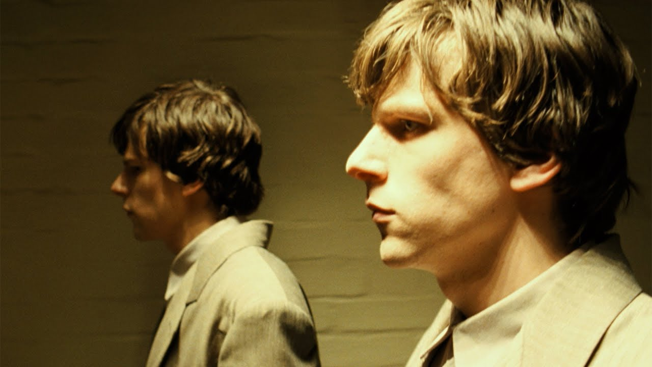 Jesse Eisenberg and doppelganger in The Double (2013)