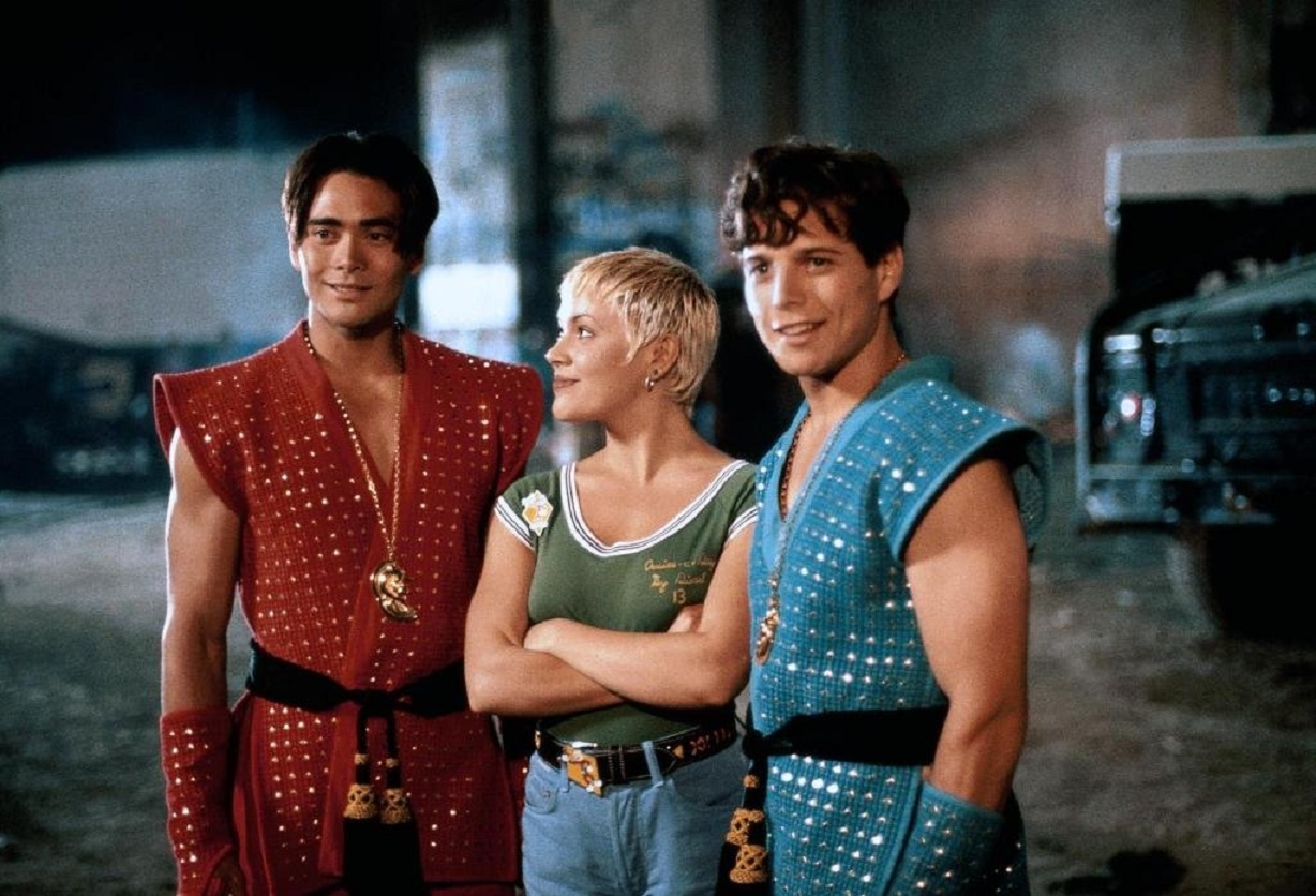 Mark Dacascos, Scott Wolf, Alyssa Milano in Double Dragon (1994)