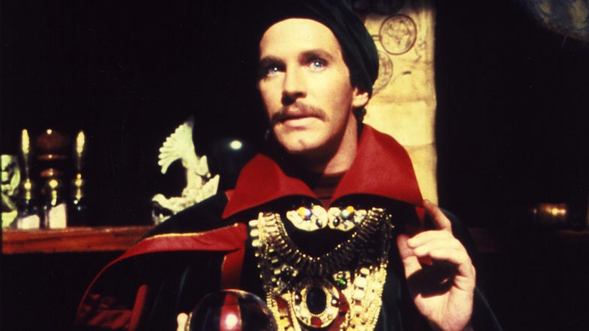 Peter Hooten as Dr Strange