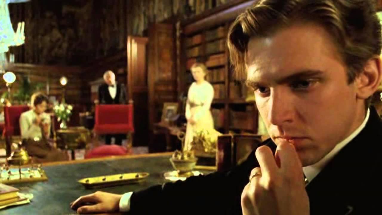 Lord Arthur Holmwood (Dan Stevens) in Dracula (2006)