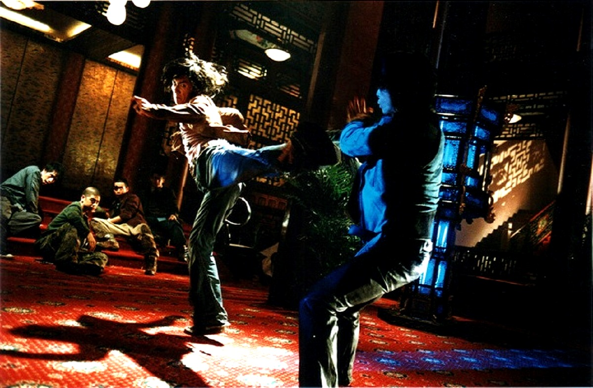 Nicholas Tse in martial arts action in Dragon Tiger Gate (2006)