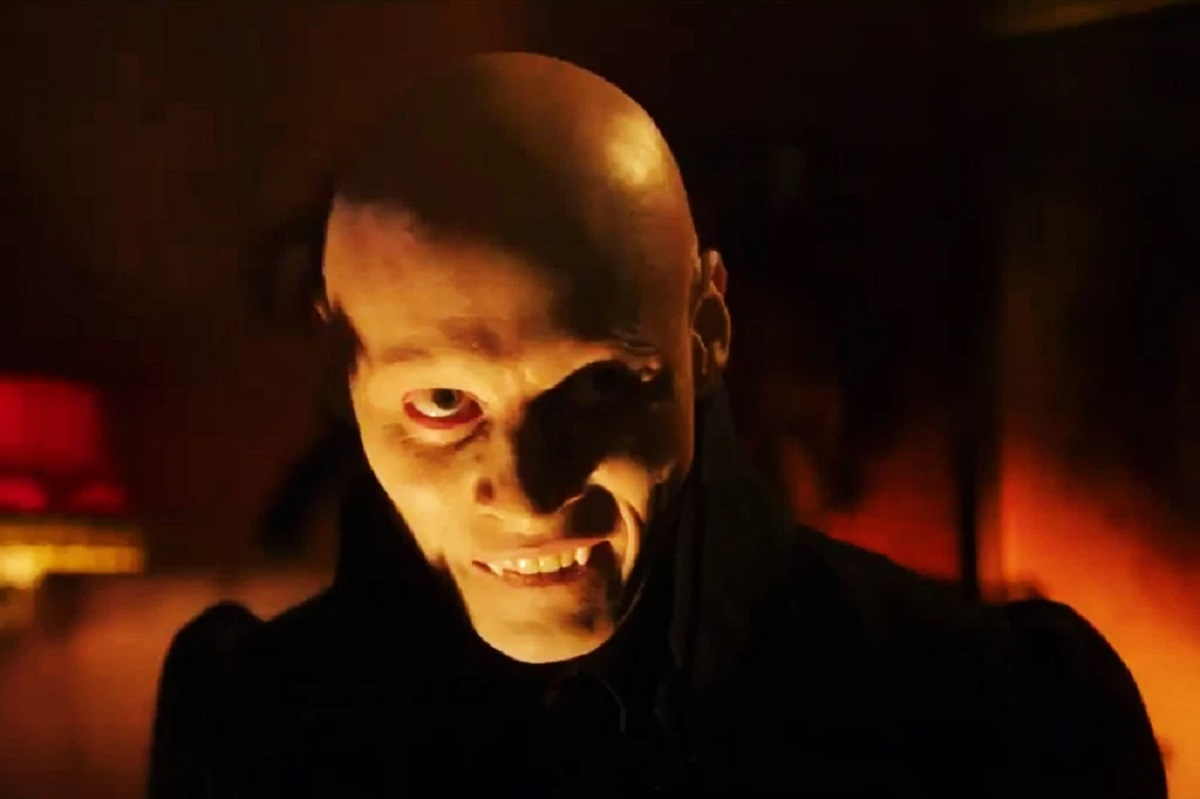 Tomas Lemarquis as the Vampire in Dreamland (2019)