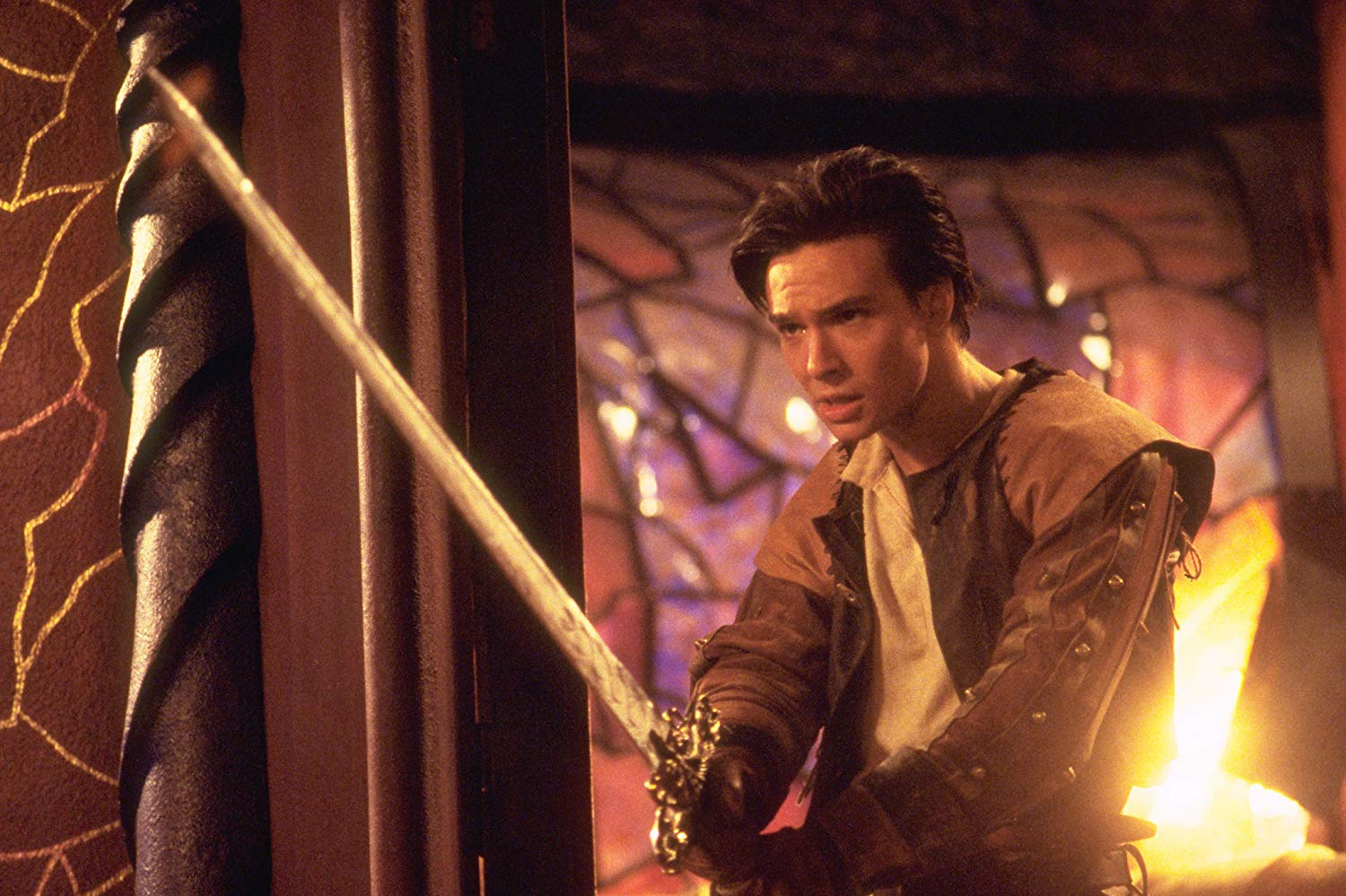 The thief Ridley Freeborn (Justin Whalin) in Dungeons and Dragons (2000)