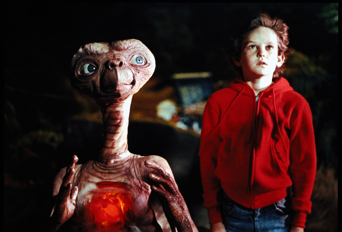 E.T. and Henry Thomas in E.T. - The Extra-Terrestrial (1982)