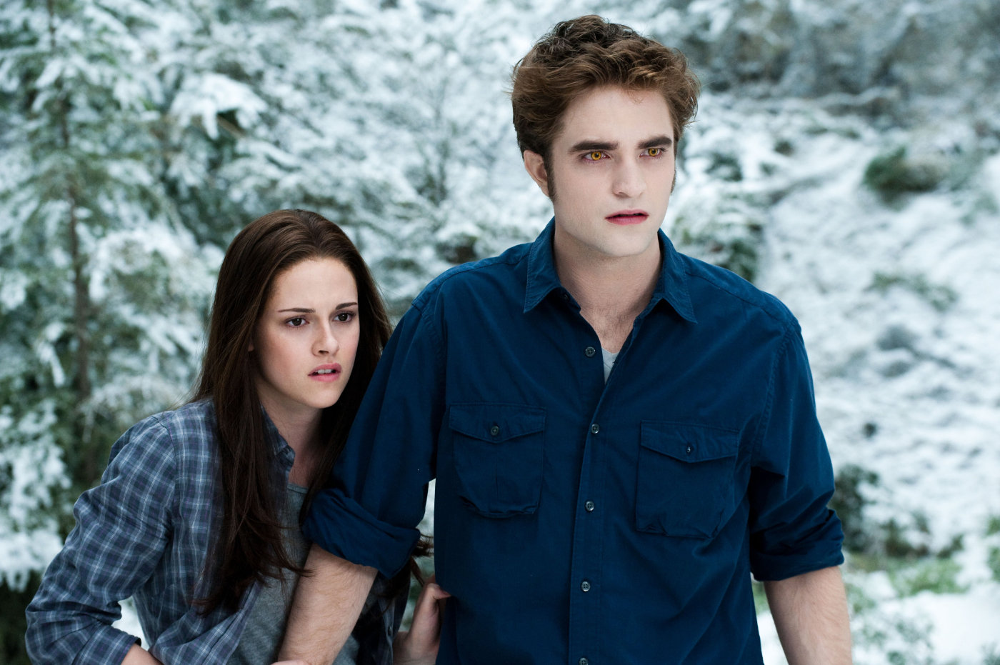 Bella Swan (Kirsten Stewart), Edward Cullen (Robert Pattinson) in Eclipse (2010)