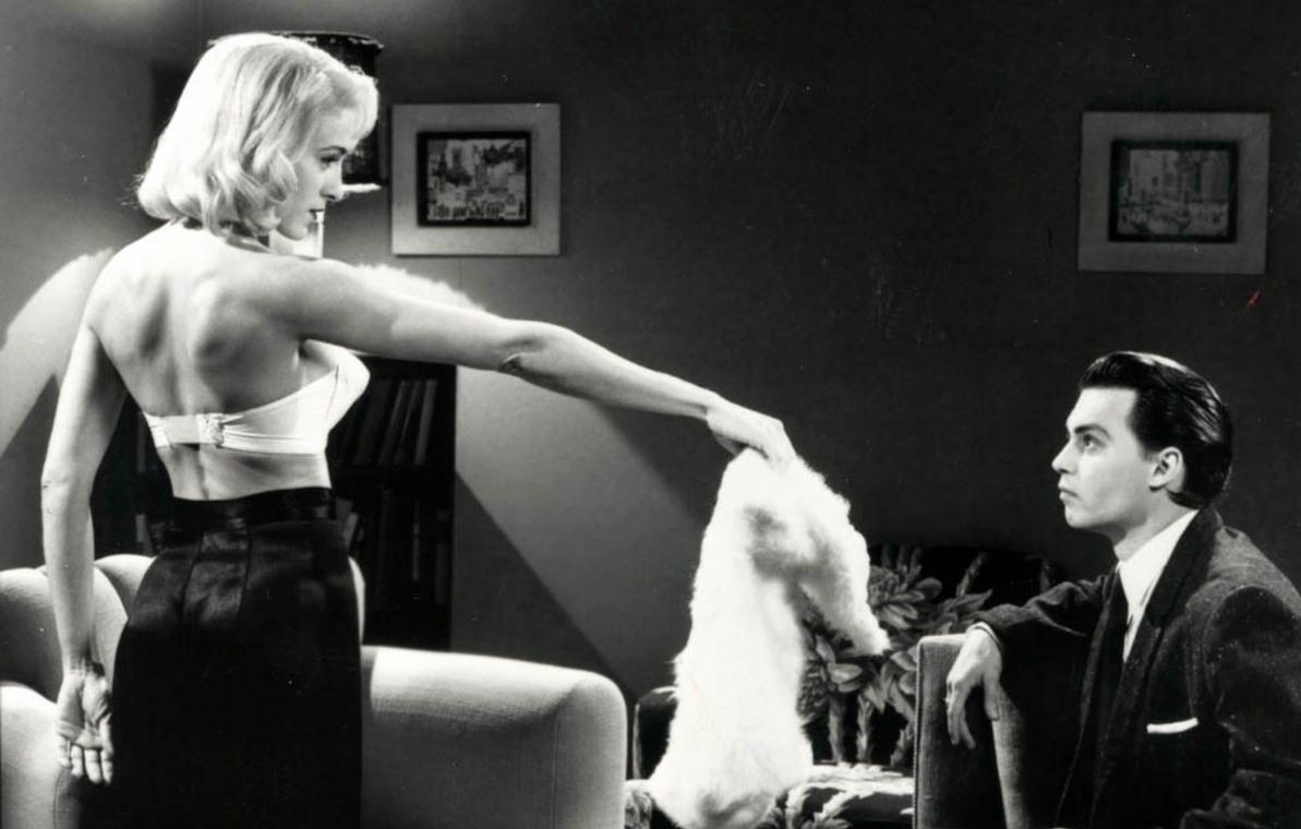 Dolores Fuller (Sarah Jessica Parker) presents Edward D. Wood Jr (Johnny Depp) with her angora sweater in Ed Wood (1994)