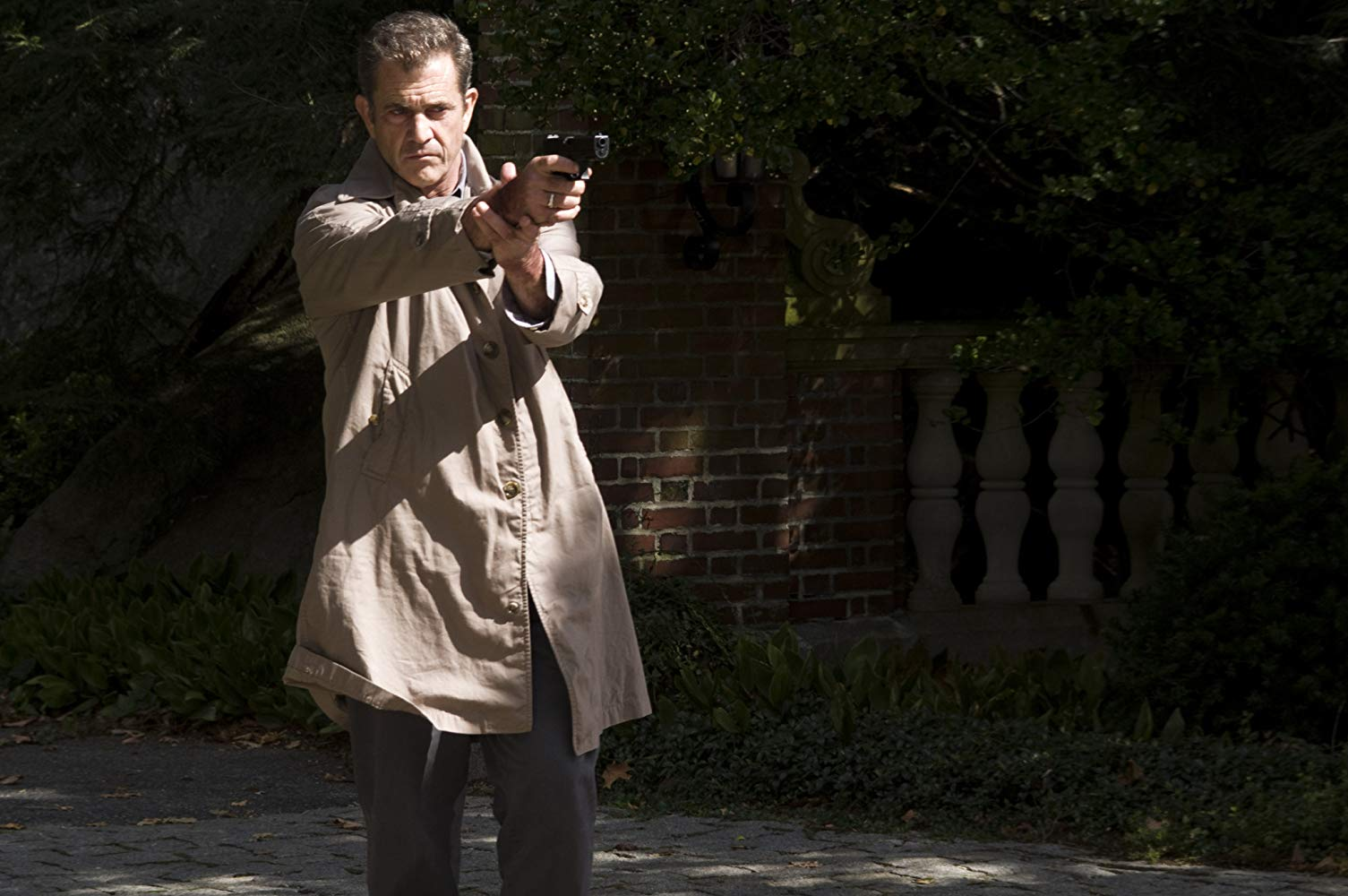 Mel Gibson as Detective Thomas Craven in Edge of Darkness (2010)