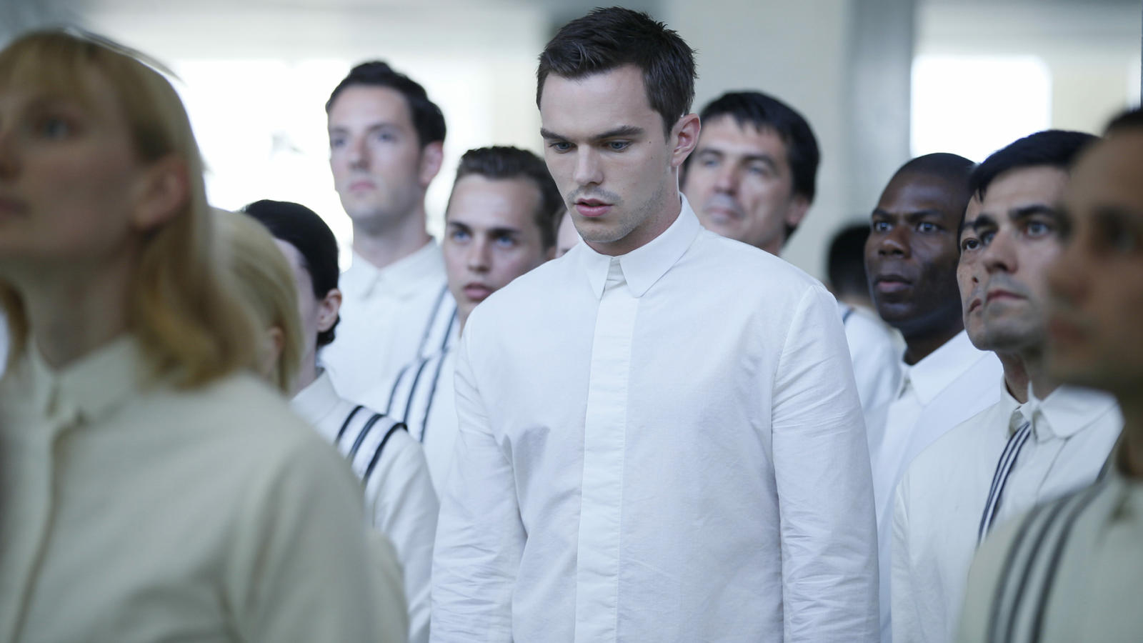 The increasingly underrated Nicholas Hoult (c) as the love interest Silas in Equals (2015)