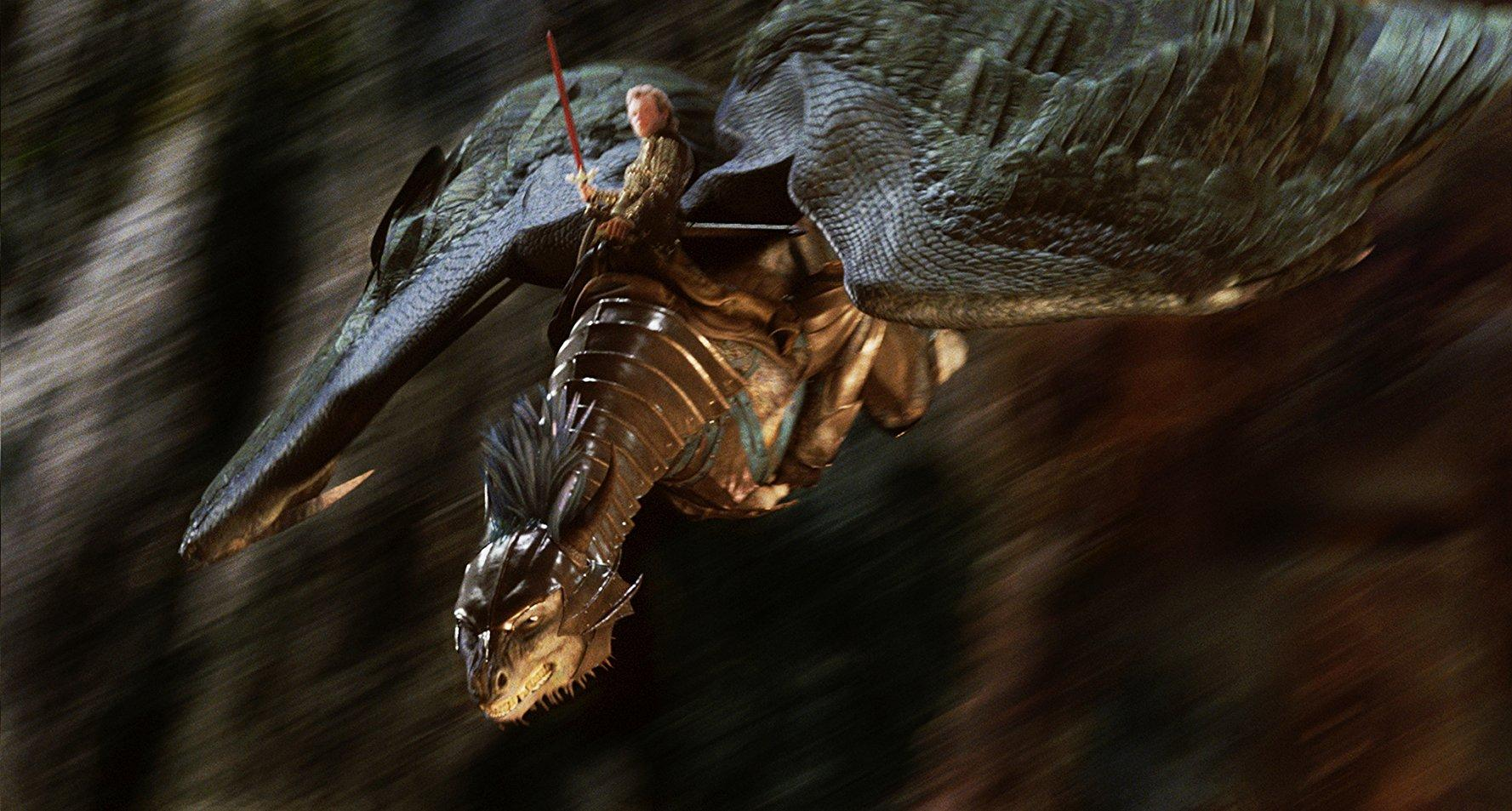 Ed Speleers flies the dragon Saphira into action in Eragon (2006)
