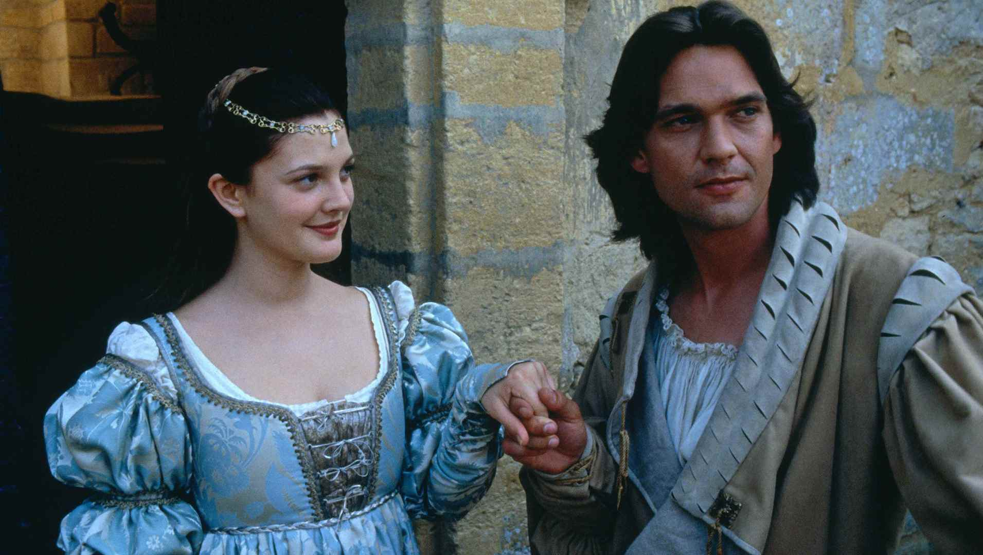 Drew Barrymore as Danielle and Dougray Scott as Prince Henry in EverAfter (1998)