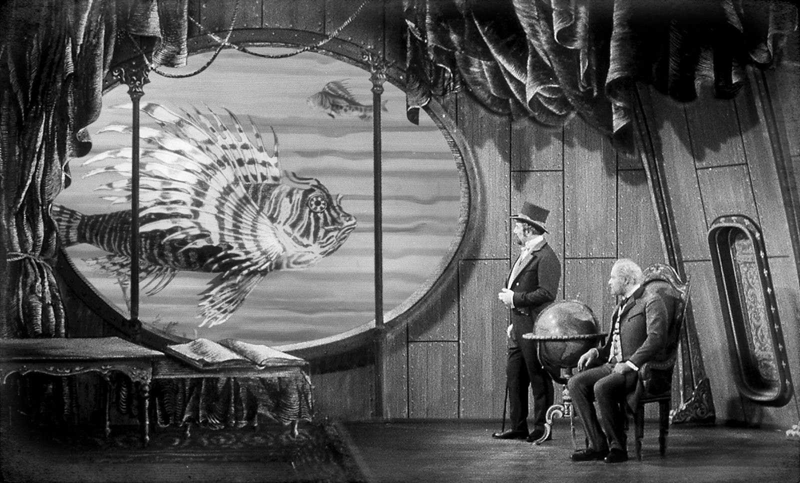 Submarine journey with Count Artigas (Miroslav Holub) and Professor Roch (Arnost Navratil) in The Fabulous World of Jules Verne (1958)