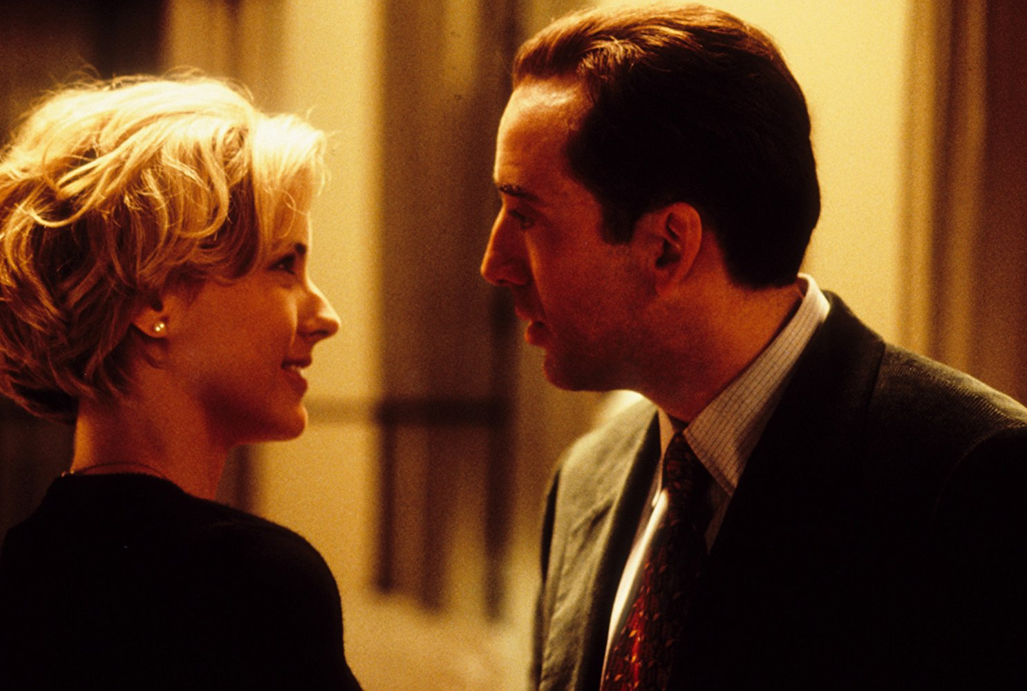 Téa Leoni, Nicolas Cage in The Family Man (2000)