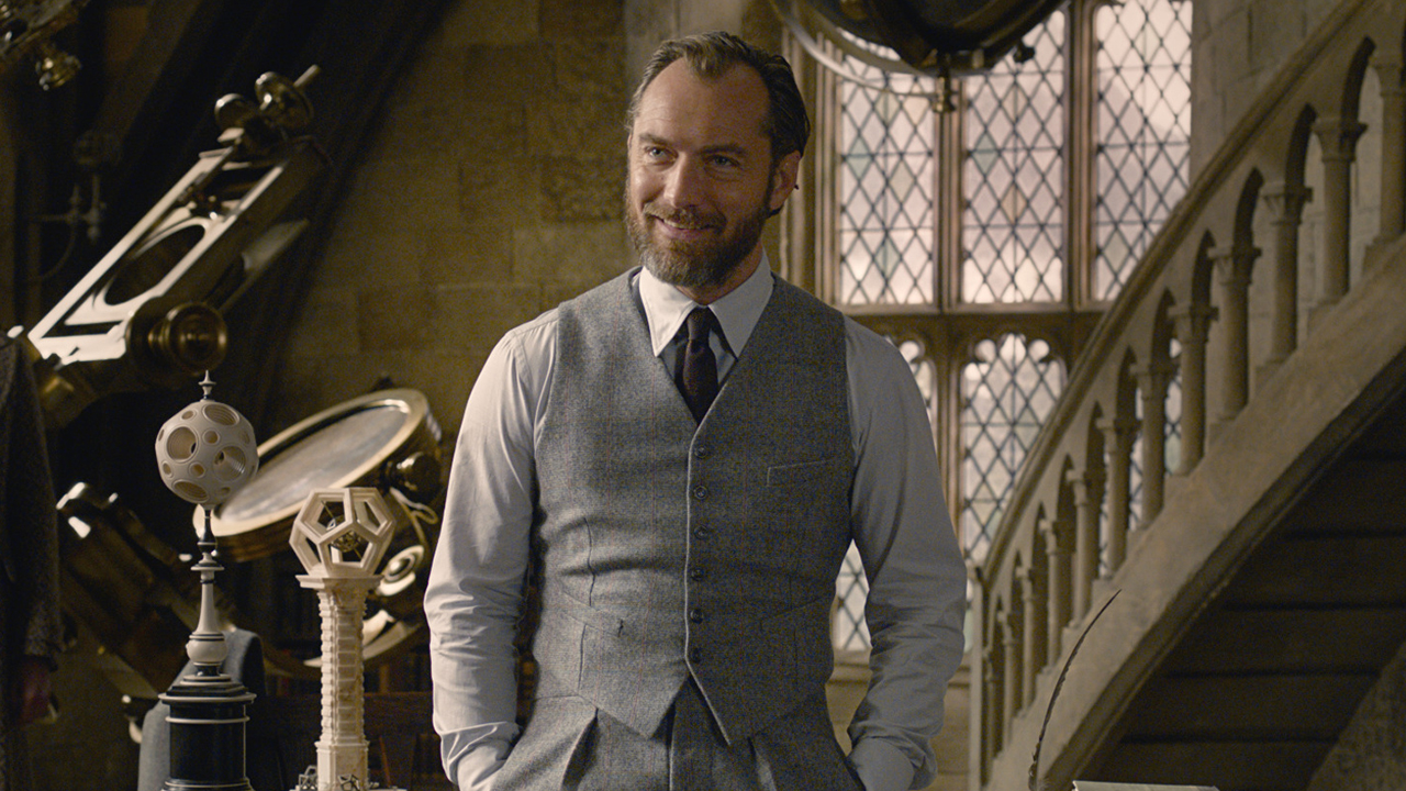 Jude Law as the young Professor Dumbledore in Fantastic Beasts: The Crimes of Grindelwald (2018)