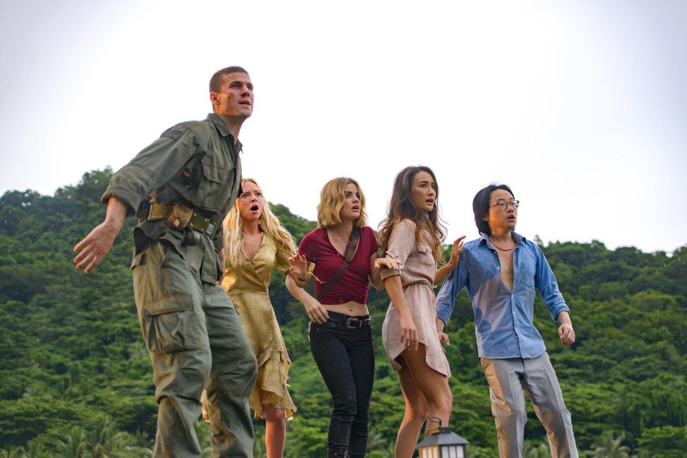 The guests - Austin Stowell, Portia Doubleday, Lucy Hale, Maggie Q and Jimmy O. Yang in Fantasy Island (2020)