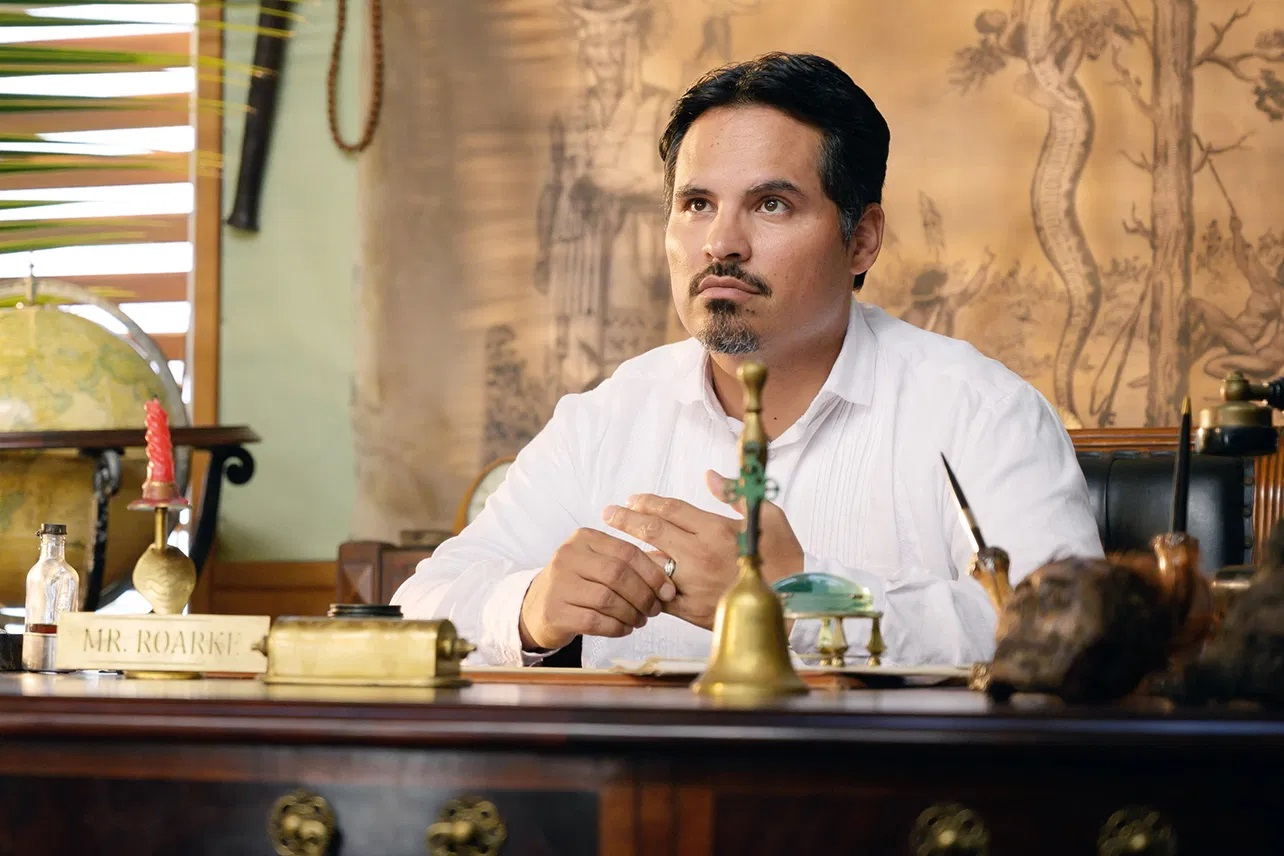 Michael Peña as Mr Roarke in Fantasy Island (2020)