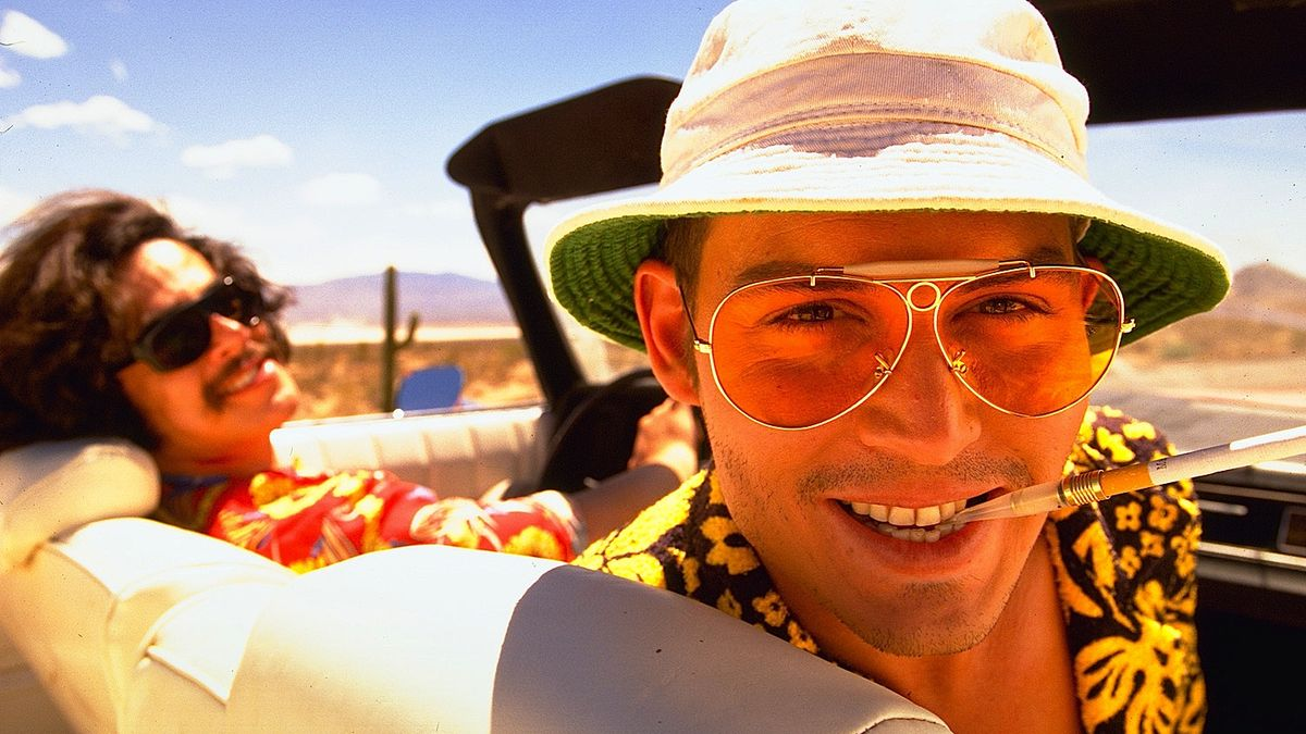 (l to r) Benicio Del Toro as Dr Gonzo and Johnny Depp as Raoul Duke, stand-in for Hunter S. Thompson in Fear and Loathing in Las Vegas (1998)
