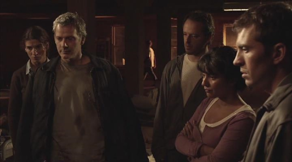 The defenders of Earth - (l to r) Tina Milo, Campbell Scott, Gil Bellows, Suleka Matthew and Tygh Runyan in Final Days of Planet Earth (2006)