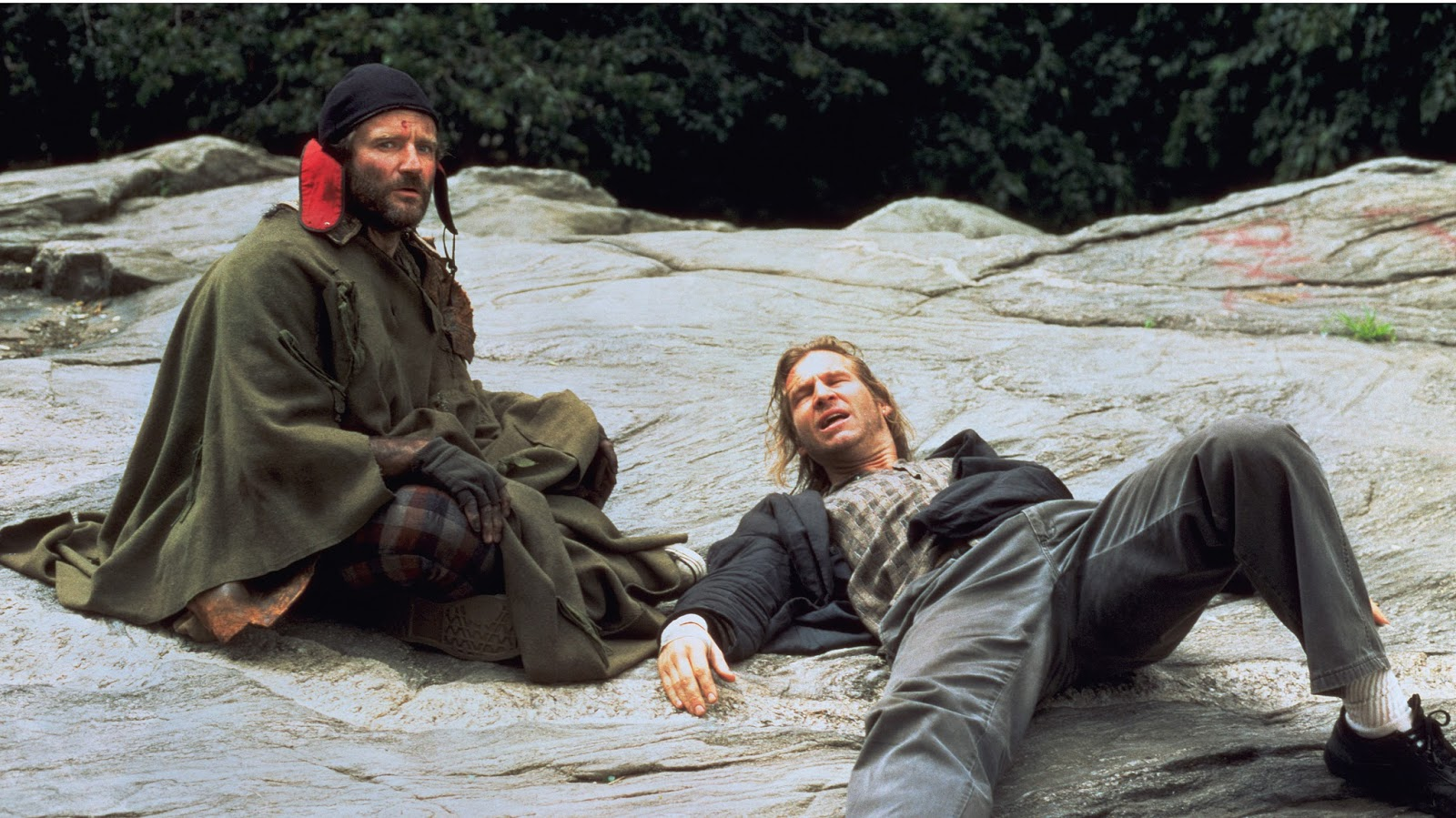 Radio dj Jack Lucas (Jeff Bridges) (r) is drawn into the world of homeless man Parry (Robin Williams) (l) in The Fisher King (1991)