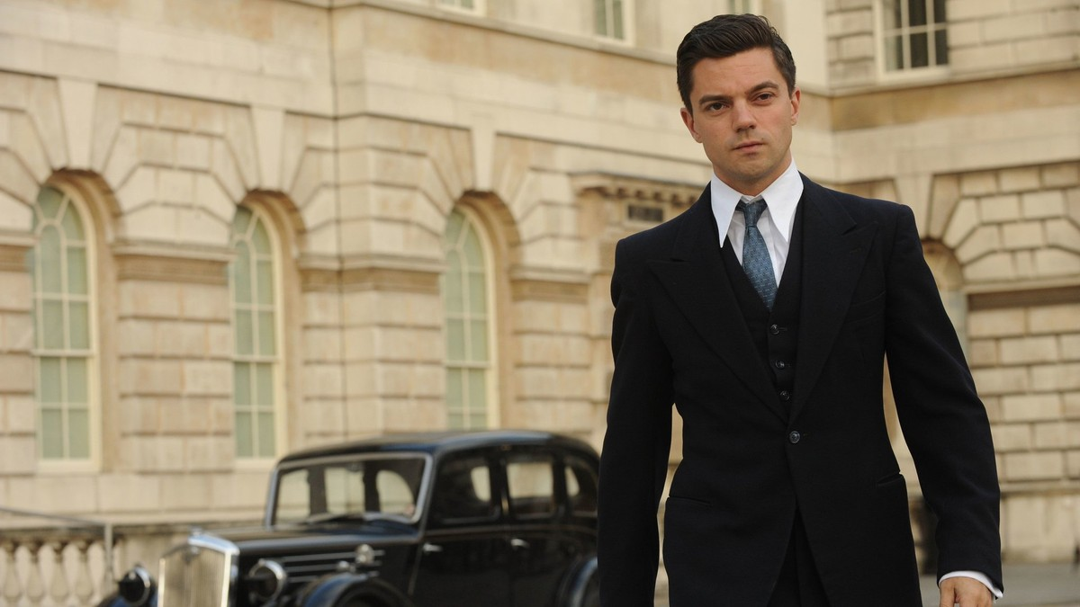 Dominic Cooper as James Bond creator Ian Fleming in Fleming: The Man Who Would Be Bond (2014)