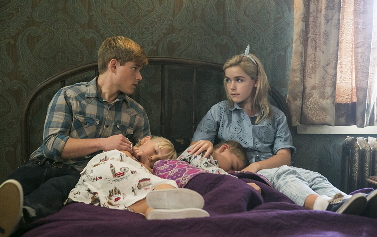 Brother and sister Mason Dye and Kiernan Shipka in Flowers in the Attic (2014)