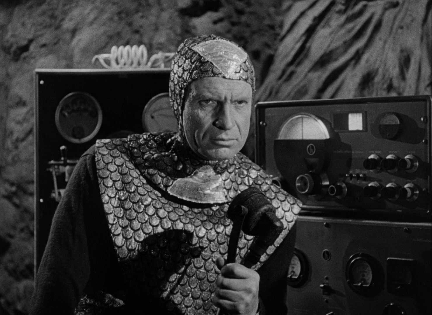 Mota the Martian invader (Gregory Gay) in Flying Disc Man from Mars (1950)