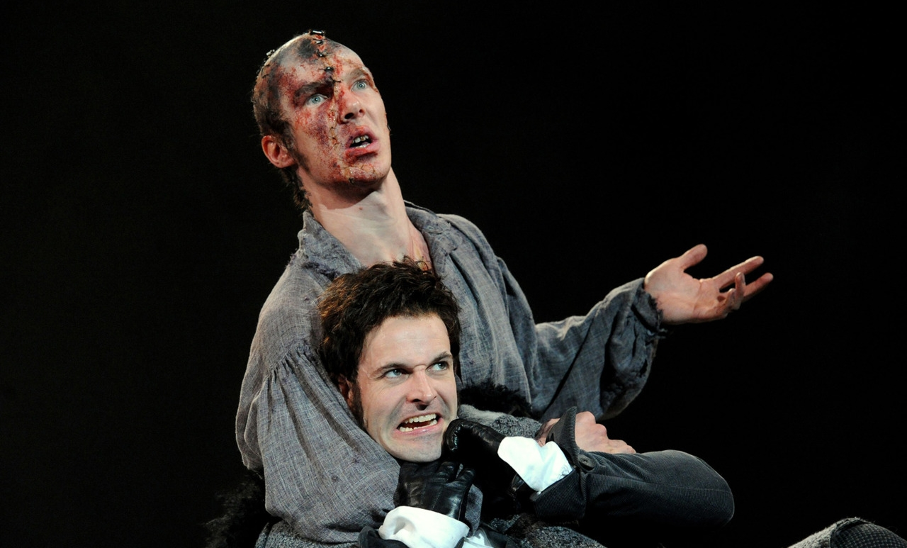 (top to bortom) Benedict Cumberbatch as The Creature and Jonny Lee Miller as Frankenstein (2011)