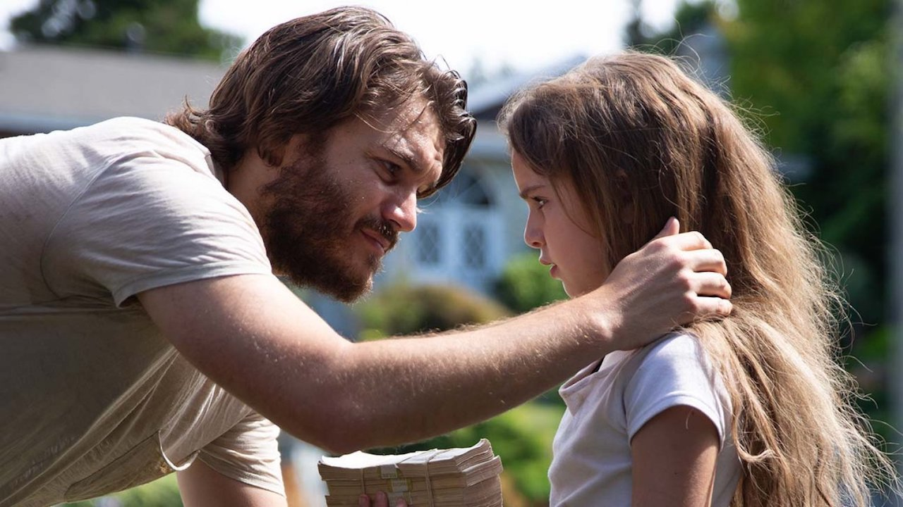 Father Emile Hirsch and daughter Lexy Kolker in Freaks (2018)