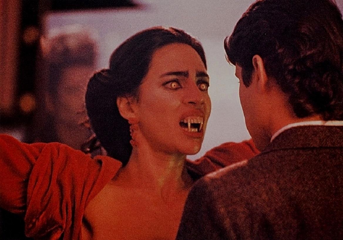 William Ragsdale meets Regine (Julie Carmen), Jerry Dandridge's sister in Fright Night Part 2 (1989)