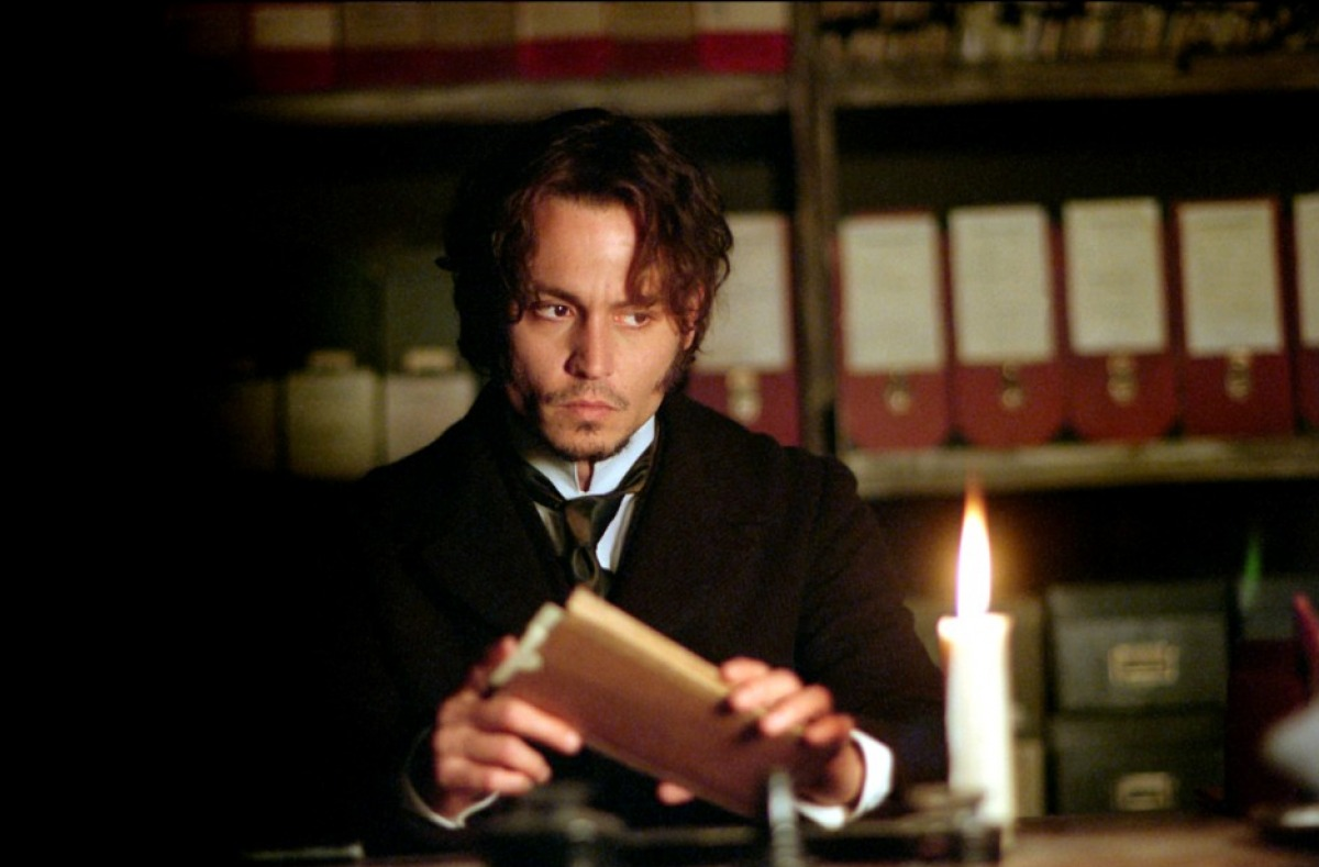 Inspector Abberline (Johnny Depp) in From Hell (2001)