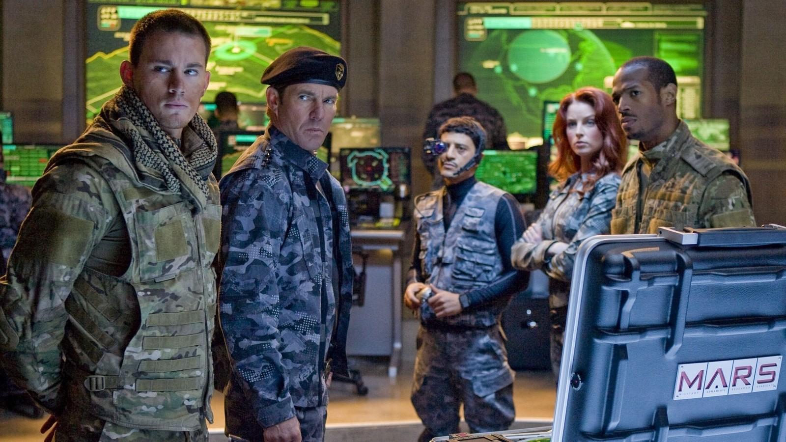 The G.I. Joe Team - Duke (Channing Tatum), Hawk (Dennis Quaid), Breaker (Saïd Taghmaoui), Scarlett (Rachel Nichols) and Ripcord (Marlon Wayans) in G.I. Joe: The Rise of the Cobra (2009)