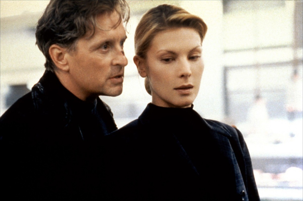 Michael Douglas and Deborah Kara Unger on the run in The Game (1997)