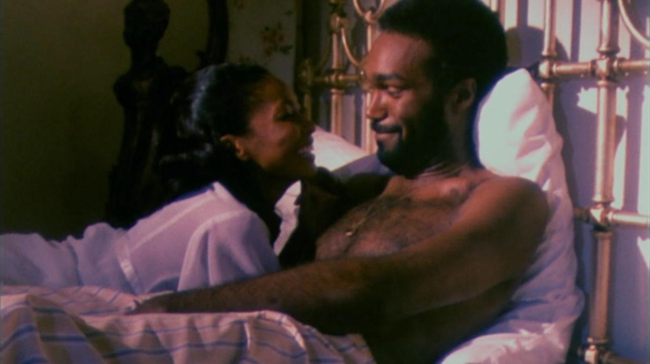 Ganja (Marlene Clark) and Hess (Duane Jones) in Ganja and Hess (1973)