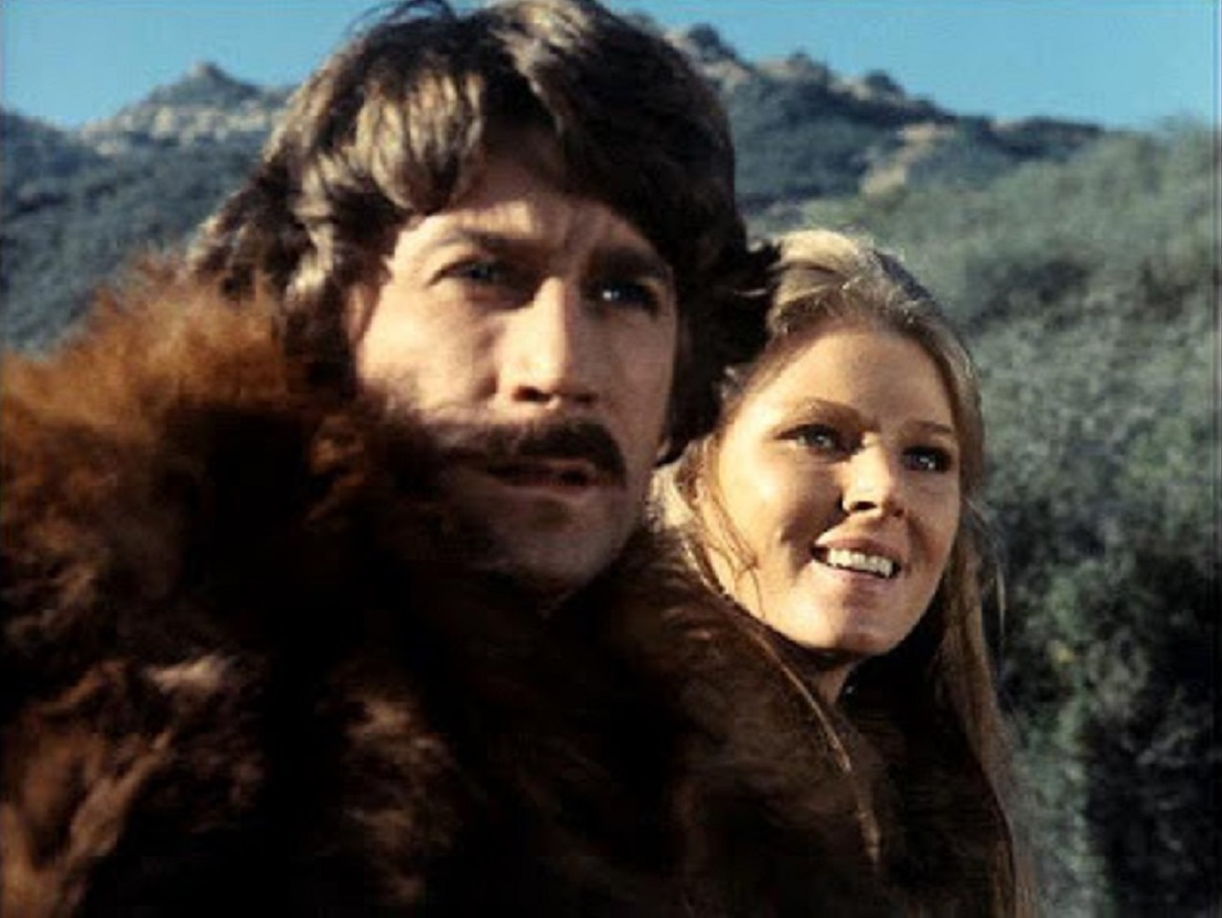 Revived 20th Century scientist Dylan Hunt (Alex Cord) and Lyra-a (Mariette Hartley) in Genesis II (1973)