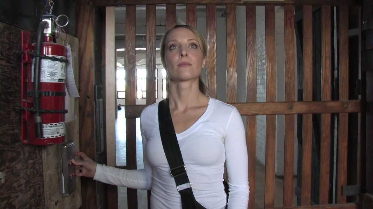 Serina (Rachel MacMillan) in the Human Spam episode of Ghosts With Shit Jobs (2012)