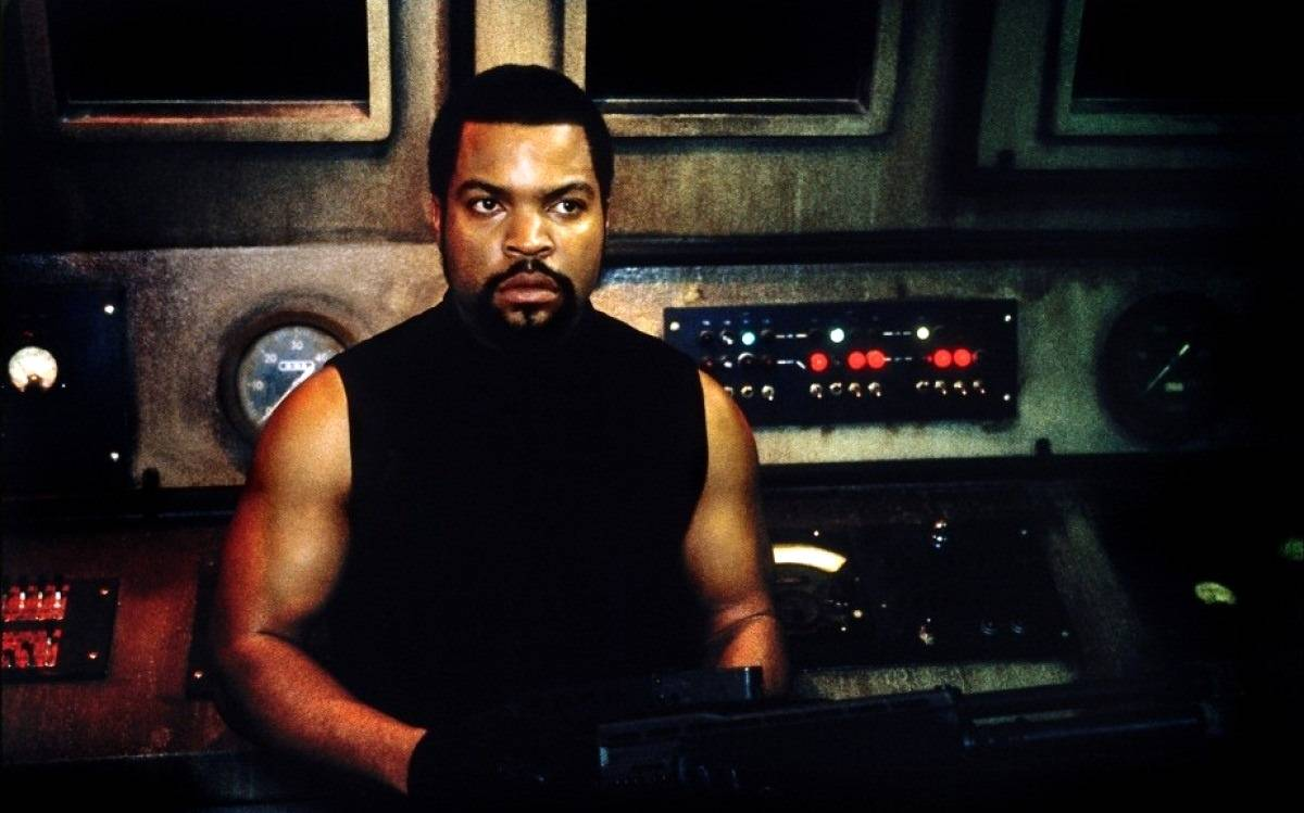 Ice Cube as James 'Desolation' Williams in Ghosts of Mars (2001)