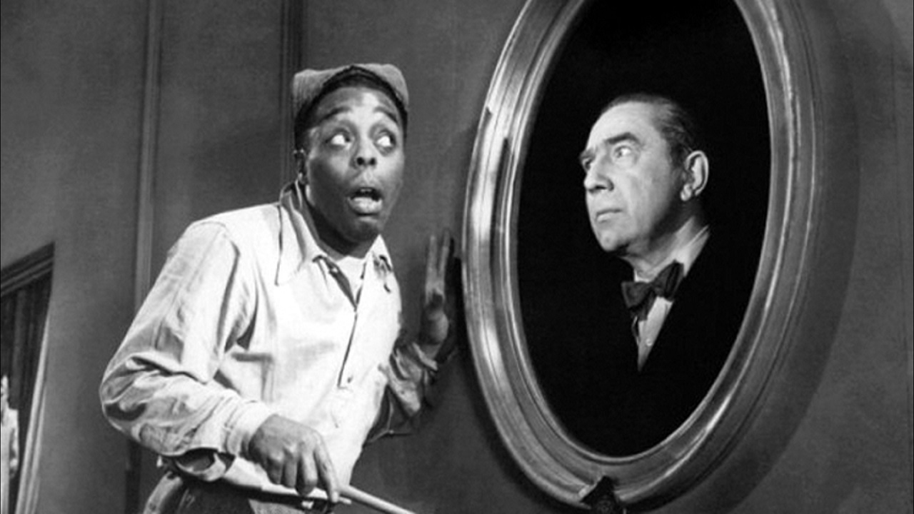 Sunshine Sammy Morrison encounters Bela Lugosi in Ghosts on the Loose (1943)