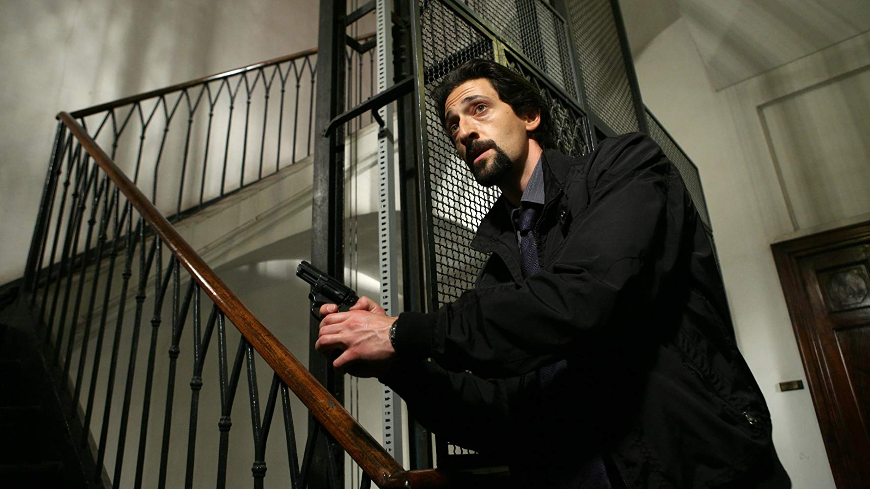 Adrien Brody as detective Enzo Avolfi in Giallo (2009)
