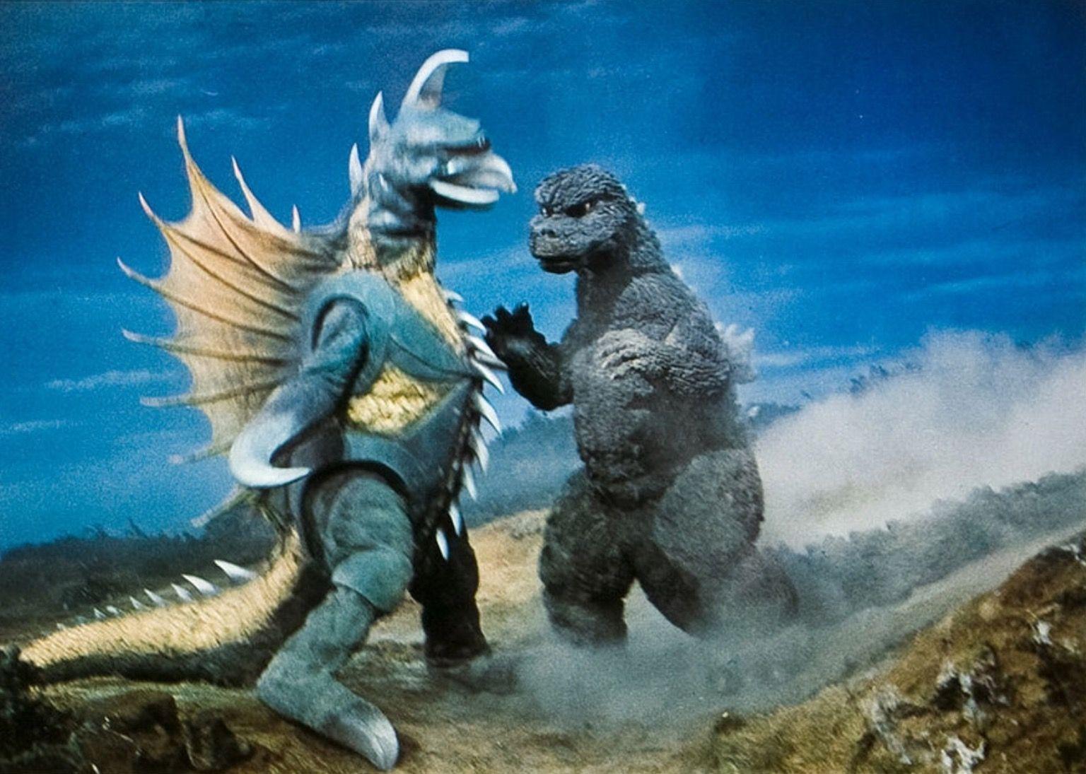 Godzilla battles Gigan in Godzilla vs Gigan (1972)