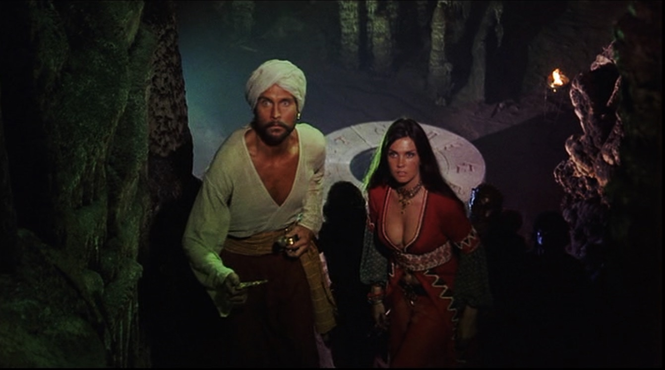 Sinbad (John Philip Law) and the slave girl Margiana (Caroline Munro) in The Golden Voyage of Sinbad (1973)