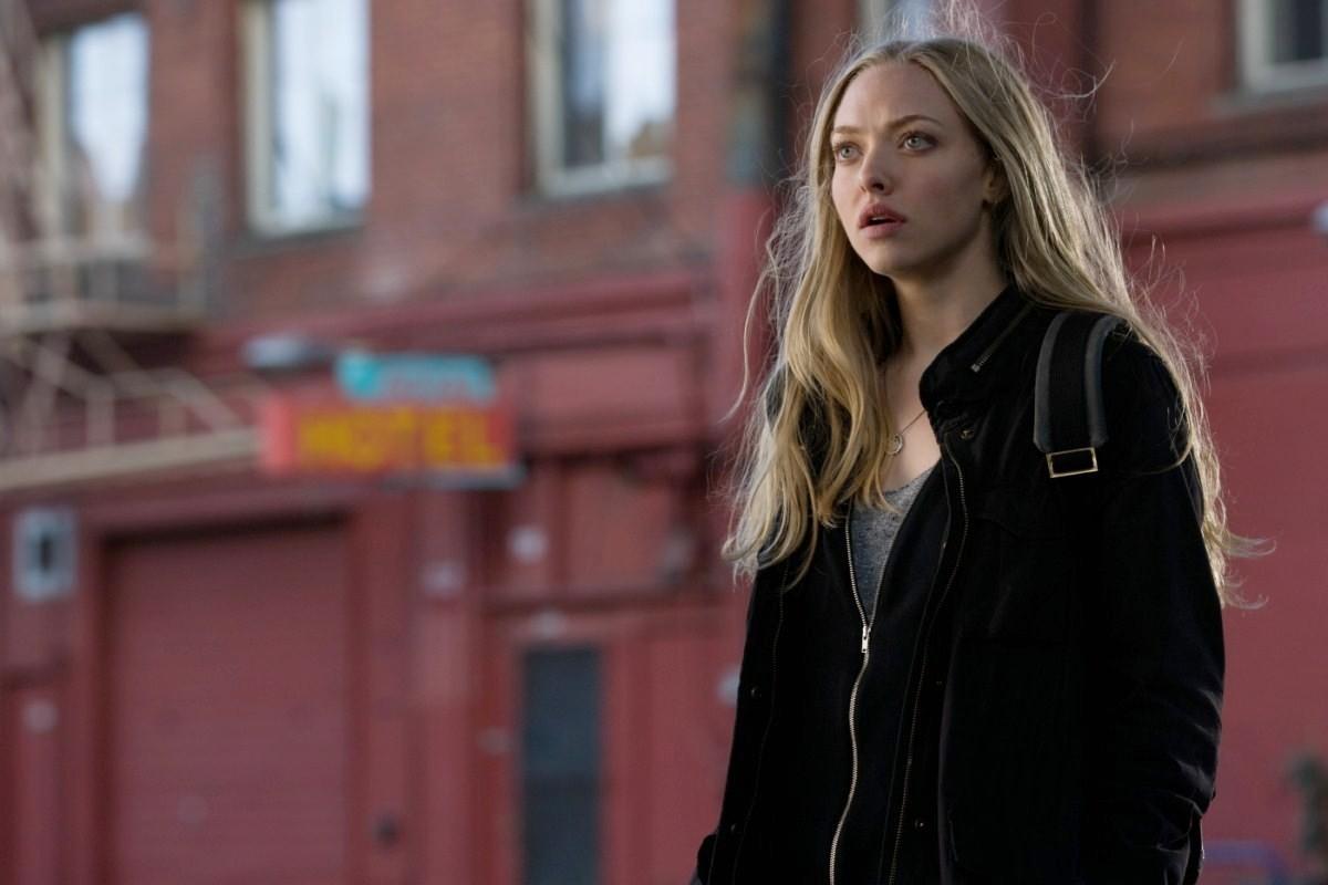 Amanda Seyfried as Jill Conway in Gone (2012)