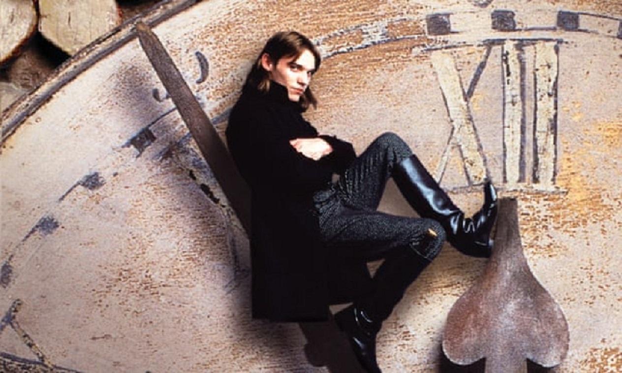 Steerpike (Jonathan Rhys Meyers) in Gormenghast (2000)