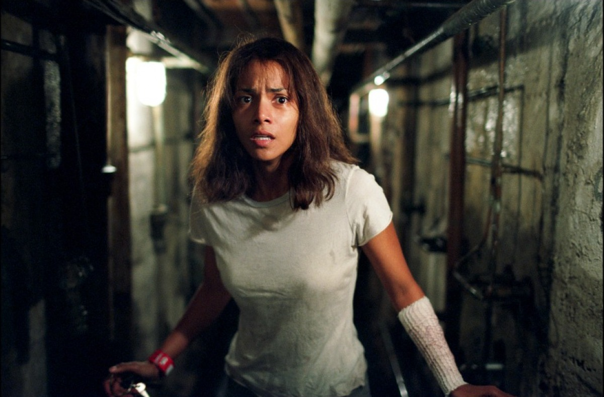 Halle Berry wrongly incarcerated in an asylum in Gothika (2003)