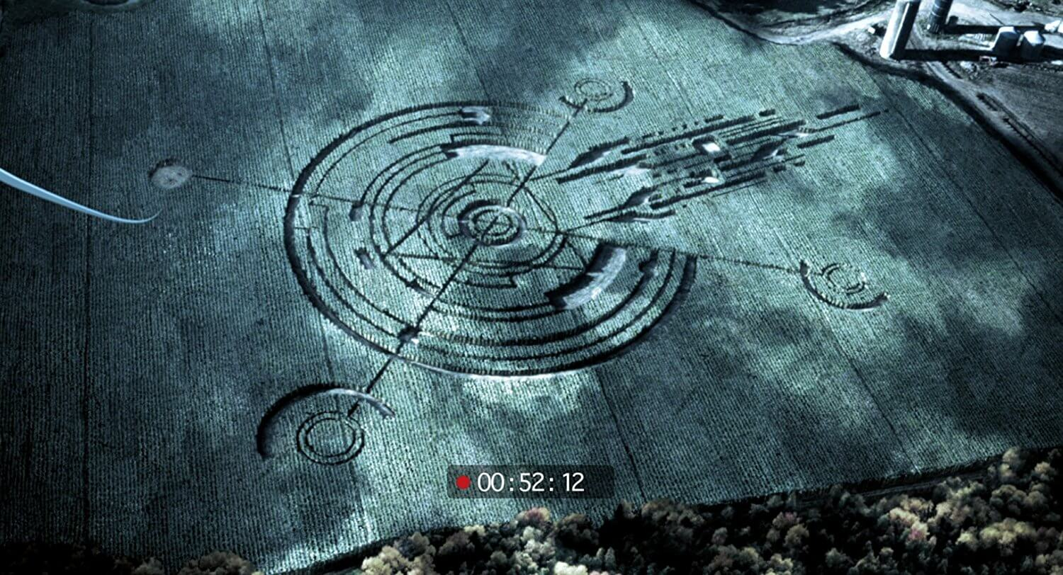Crop circles in The Gracefield Incident (2017)