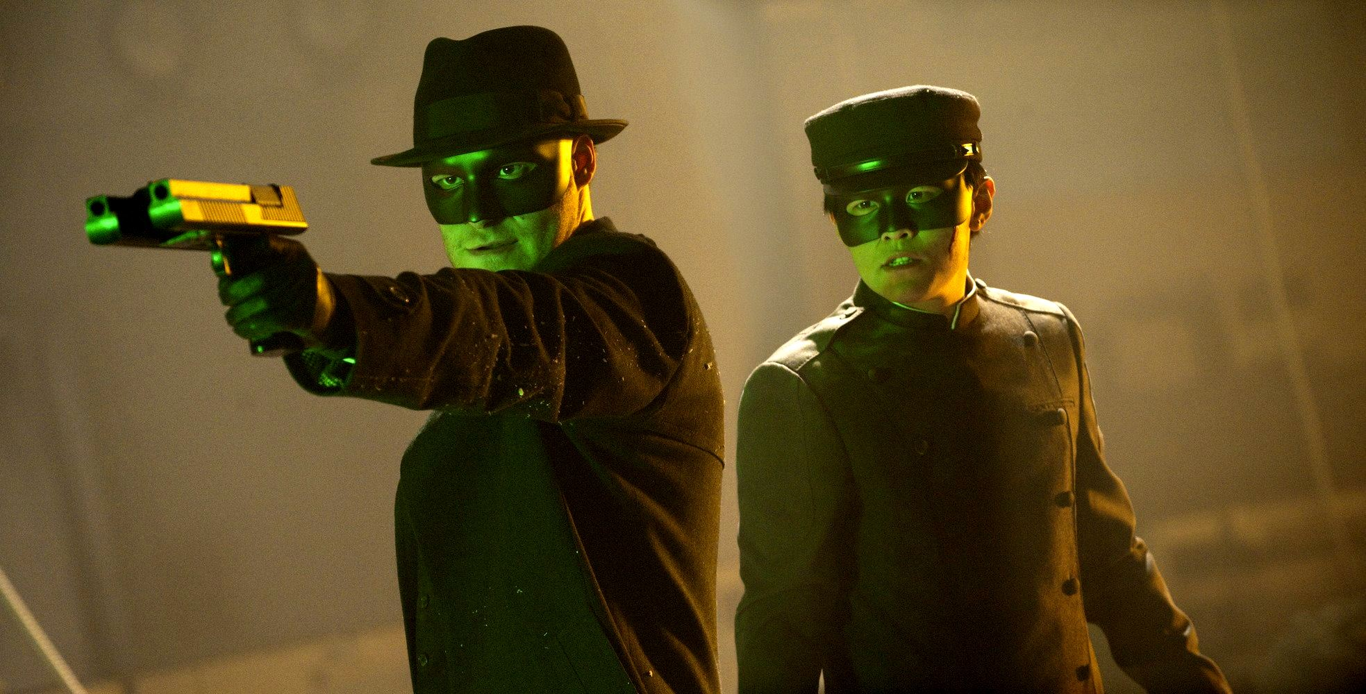 (l to r) The Green Hornet (Seth Rogen) and Kato (Jay Chou) in The Green Hornet (2011)