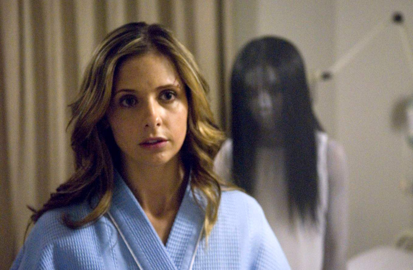 Karen Davis (Sarah Michelle Gellar) still haunted by Kayako in The Grudge 2 (2006)